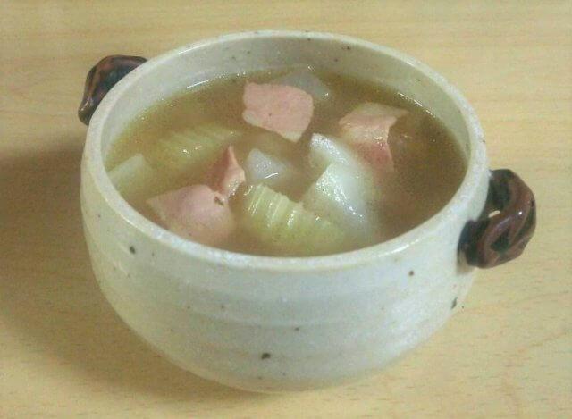 栗原はるみさんの大根とベーコンのスープ