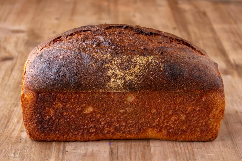 心とからだにしみるパン パンむぎとしのわきたつ