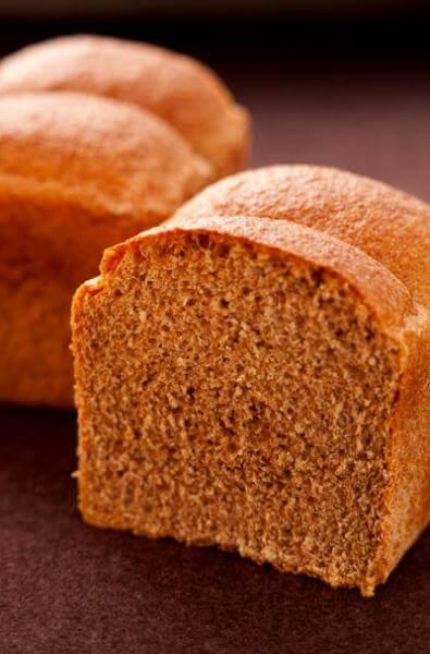有機栽培小麦使用の三井製パン