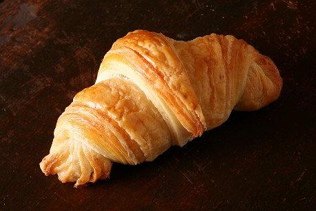 天然酵母のパン屋さん白殻五粉の放牧牛乳を使ったクロワッサン