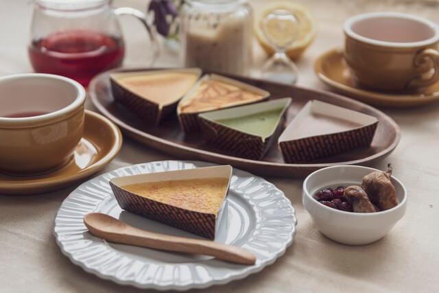seedのトライアングルチーズケーキ