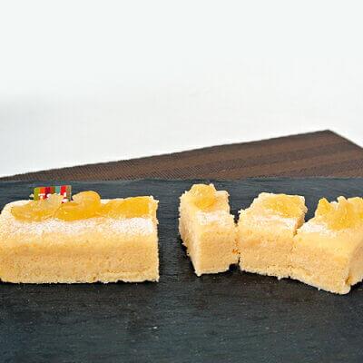 由布院ときの色の米粉チーズケーキ