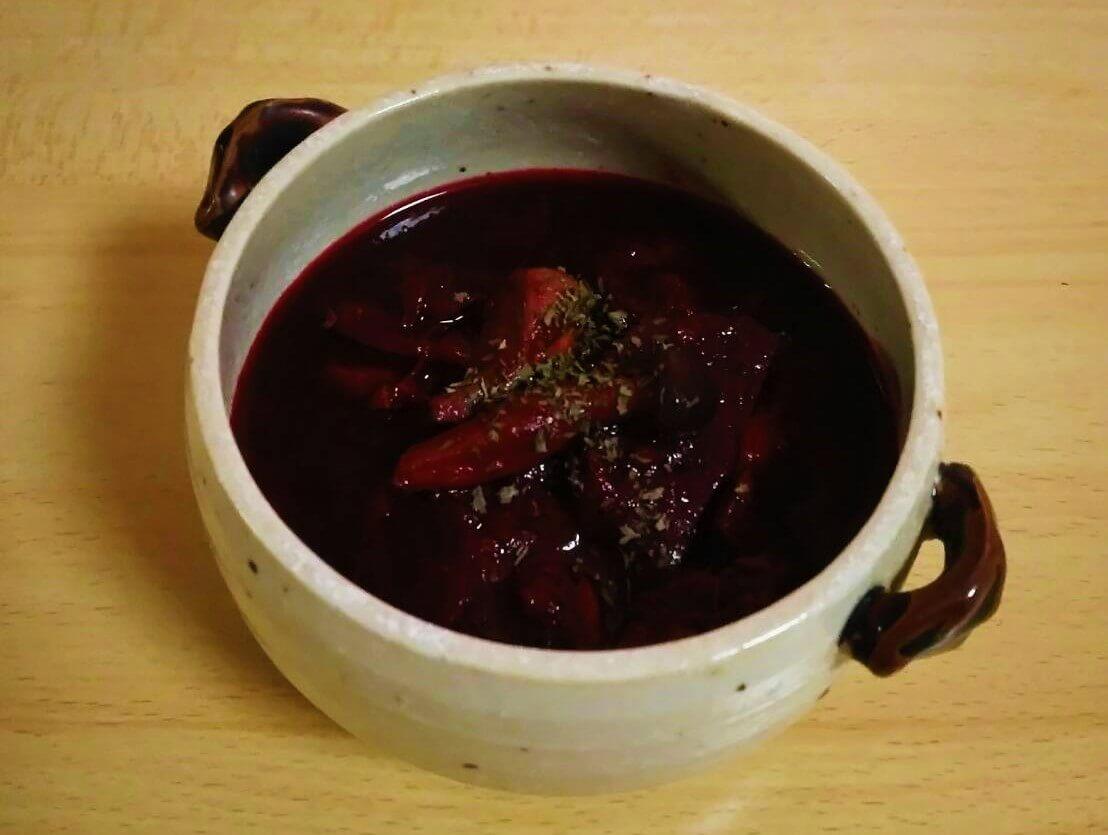 ビーツと鶏レバーのスープ