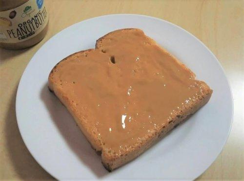パンとピーナッツバター