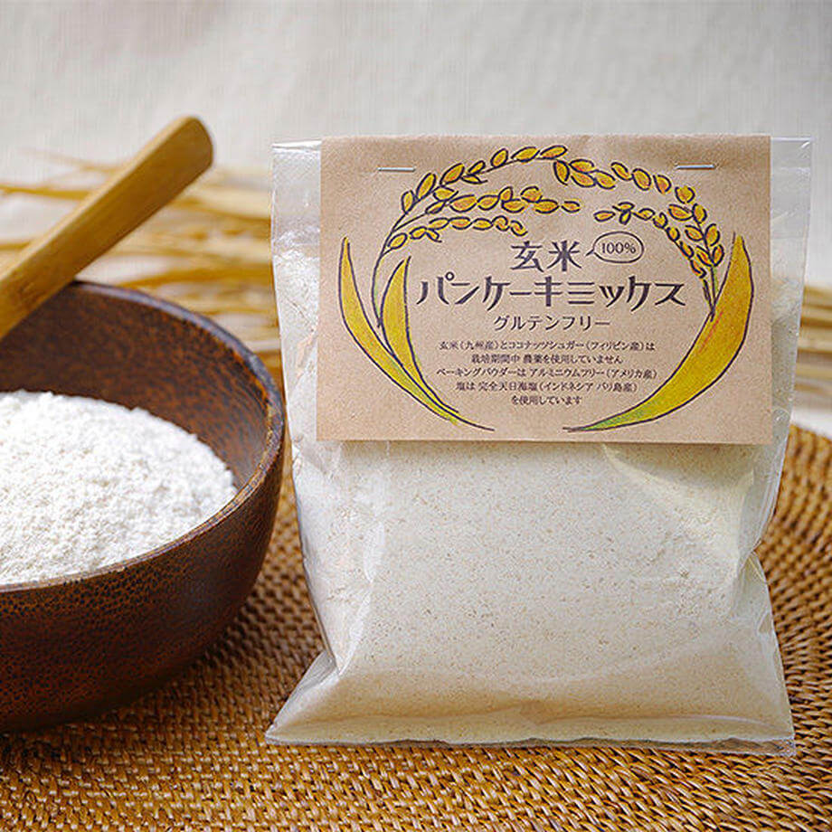 manma naturalsの玄米パンケーキミックス